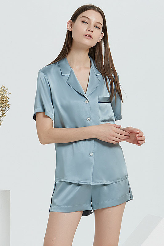 19 Momme women top and shorts satin silk pajamas set blue